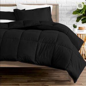 Geng Comforter Set by Ebern Designs (Still in box)